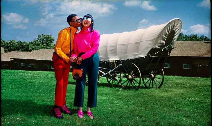 La última campaña de Kenzo con Carol Lim y Humberto León