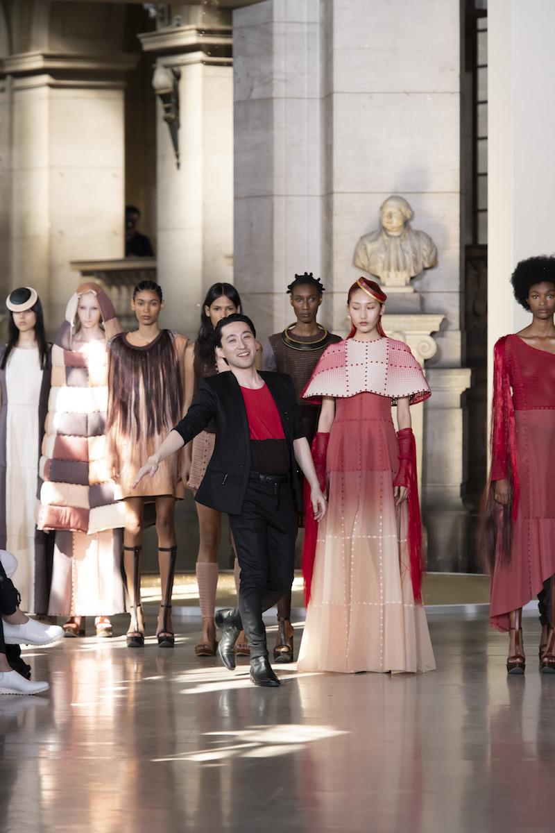 Yuima Nakazato o el arte de la variedad futurista en la Alta Costura