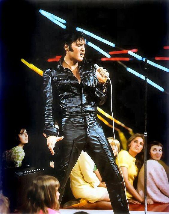 Elvis Presley: El rey del estilo