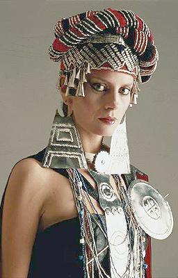Un recorrido por los trajes típicos que nos han dejado las representantes chilenas a Miss Mundo y Miss Universo