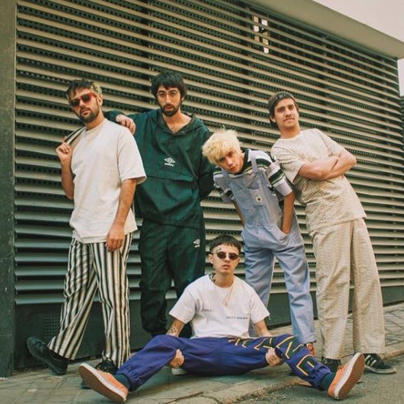 El estilo de Cupido, la banda pop trap que está dando que hablar con sus canciones y looks
