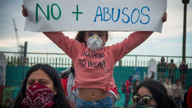 Registro sobre la marcha en Valparaíso este domingo por @lester_villarroel