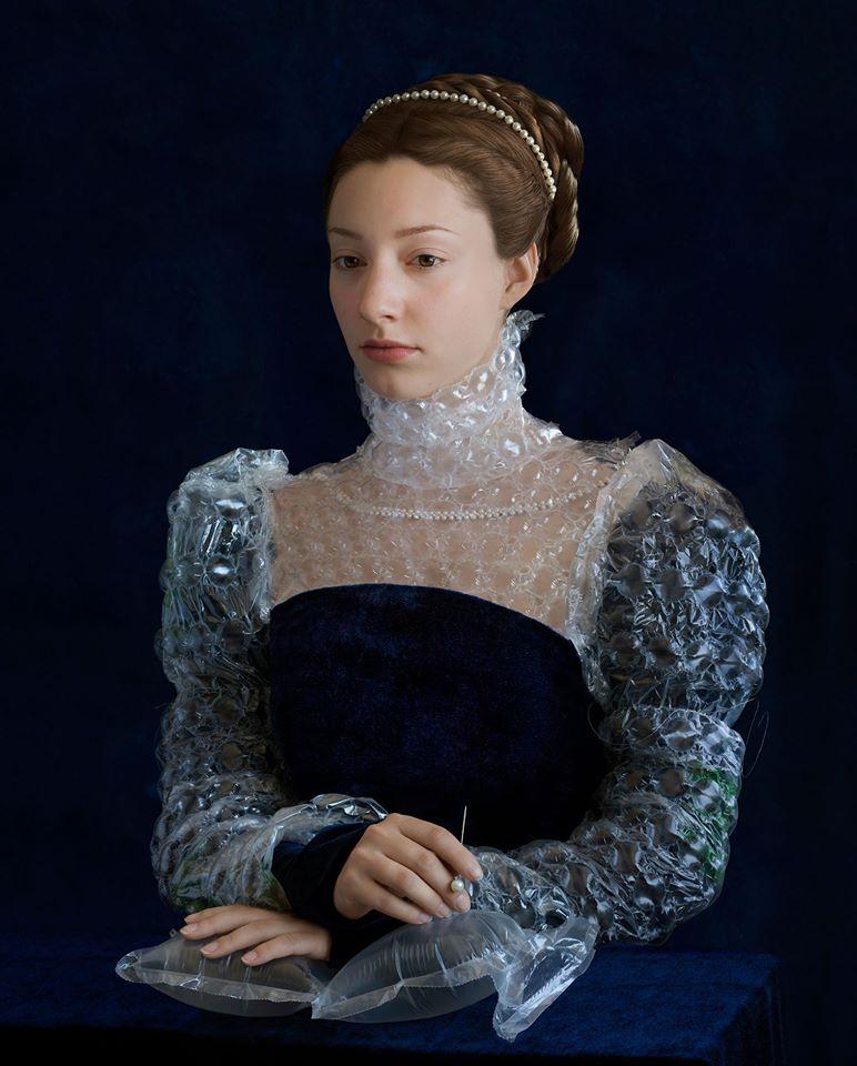 Retratos renacentistas y desechos de empaques: El trabajo de Suzanne Jongmans