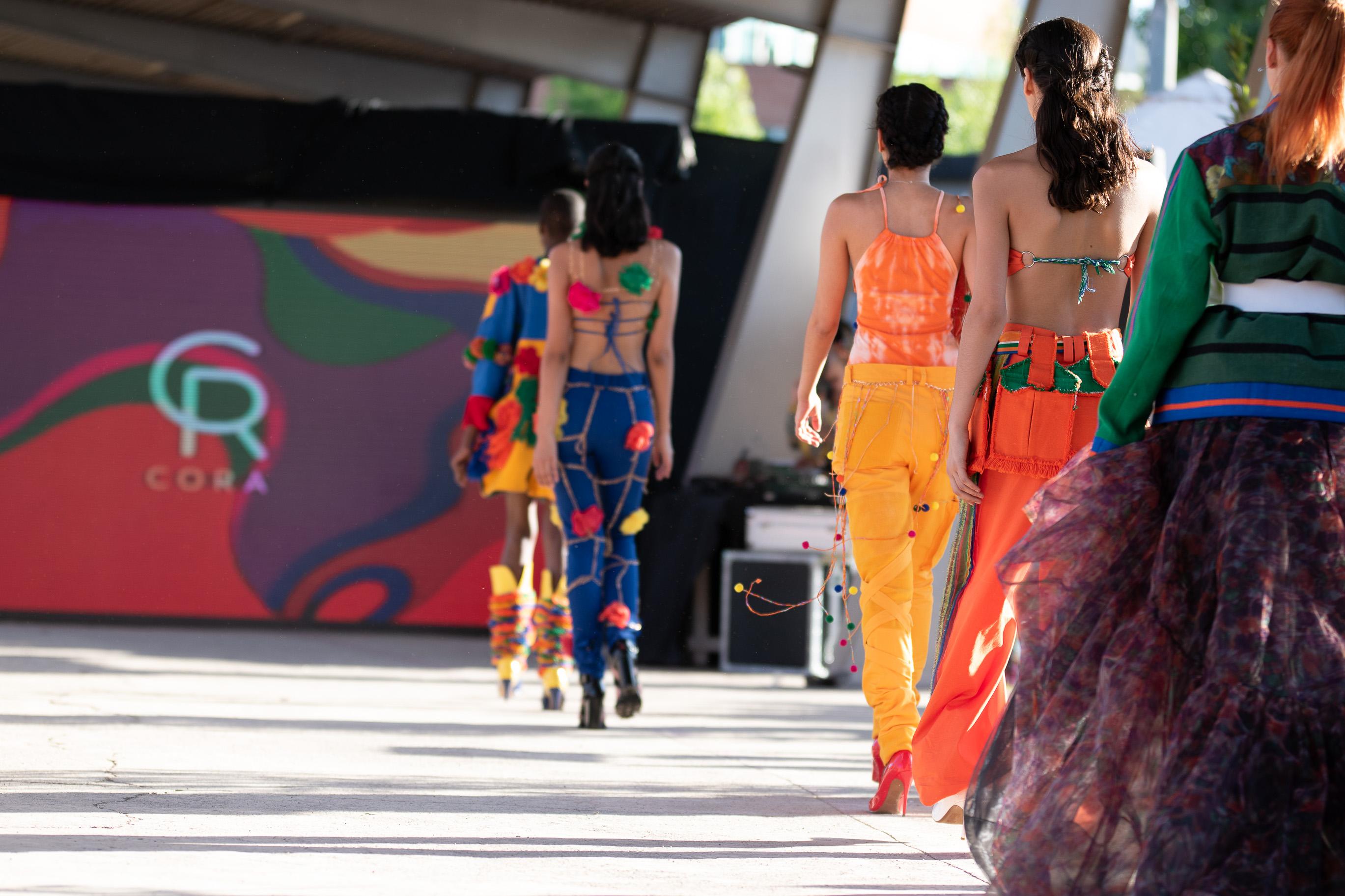 VisteLaCalle Catwalk S/S 2020: Cora