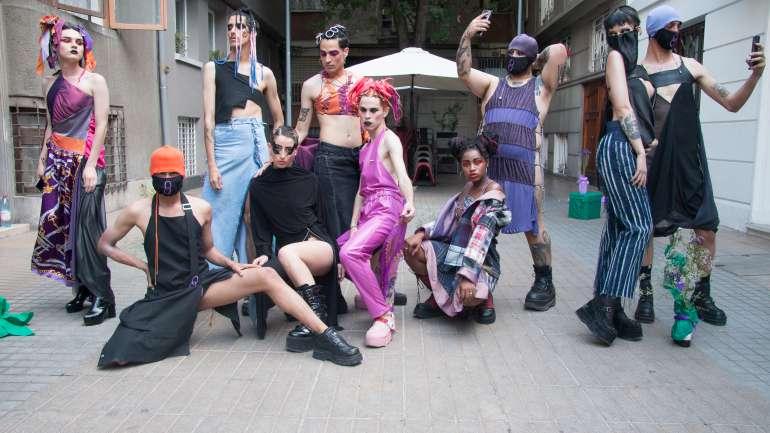 Ocho Artesanal, una marca chilena dirigida a la resistencia