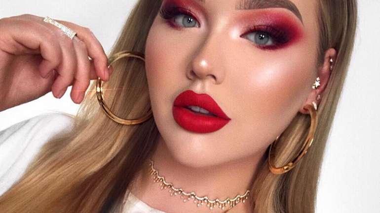 La famosa youtuber Nikkie tutorials confiesa que es una mujer transgénero