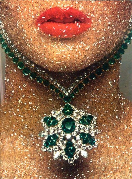 Guy Bourdin y las joyas: Cómo el maestro del erotismo retrató lo comercial