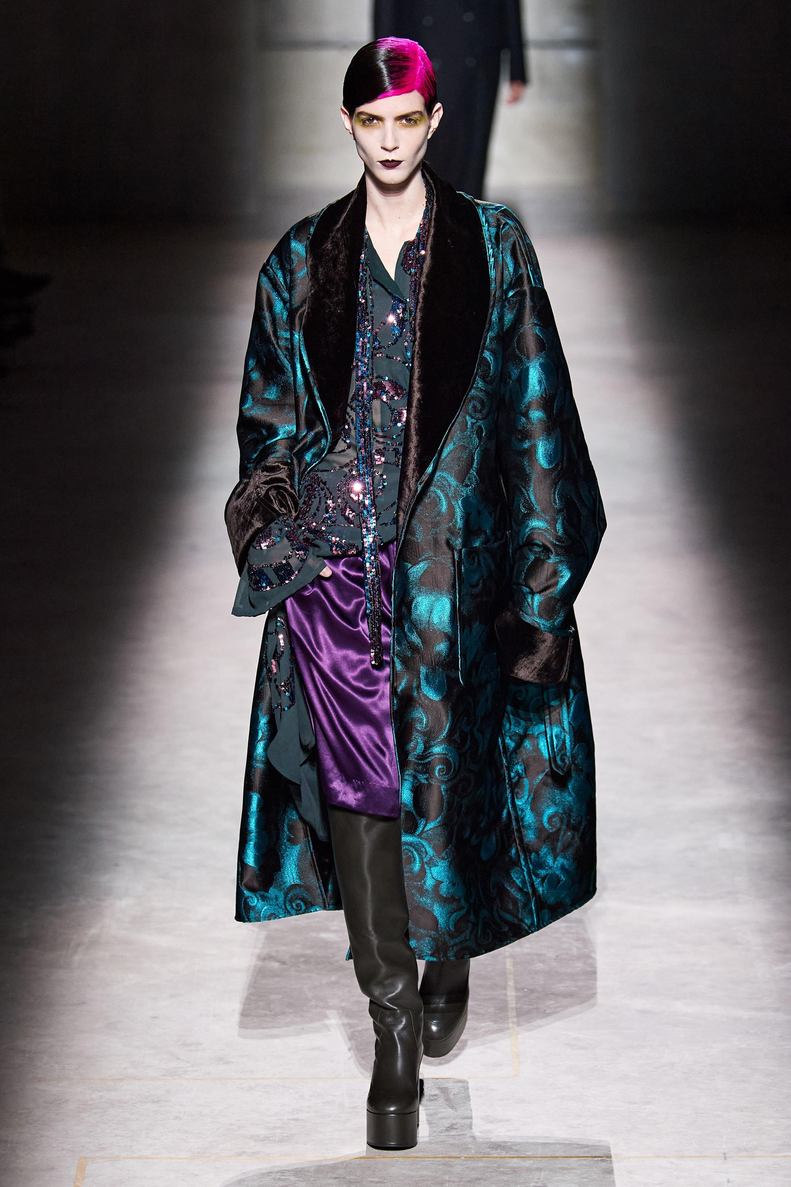 La nueva colección de Dries Van Noten: Lujo gótico