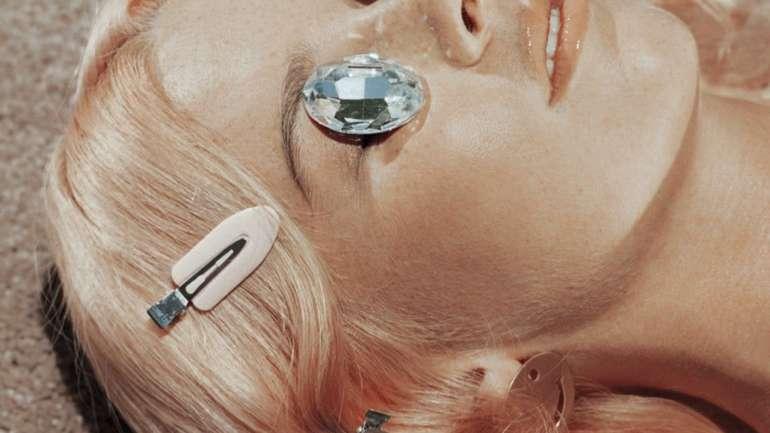 El absurdo visual de la fotógrafa Kelia Anne MacClusky