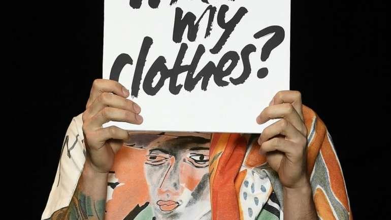 ¿Es la moda la hija favorita del capitalismo? Symbolic Exchange and Death (1976) de Jean Baudrillard