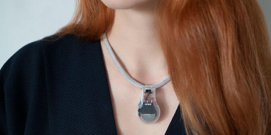La NASA diseñó un collar que ayuda a prevenir los contagios por COVID-19