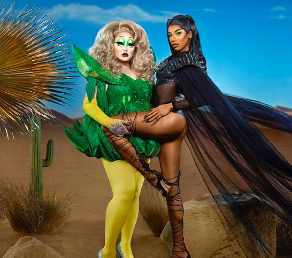 2 queens in 1 Desert: la colección de maquillaje de KimChi y Naomi Smalls