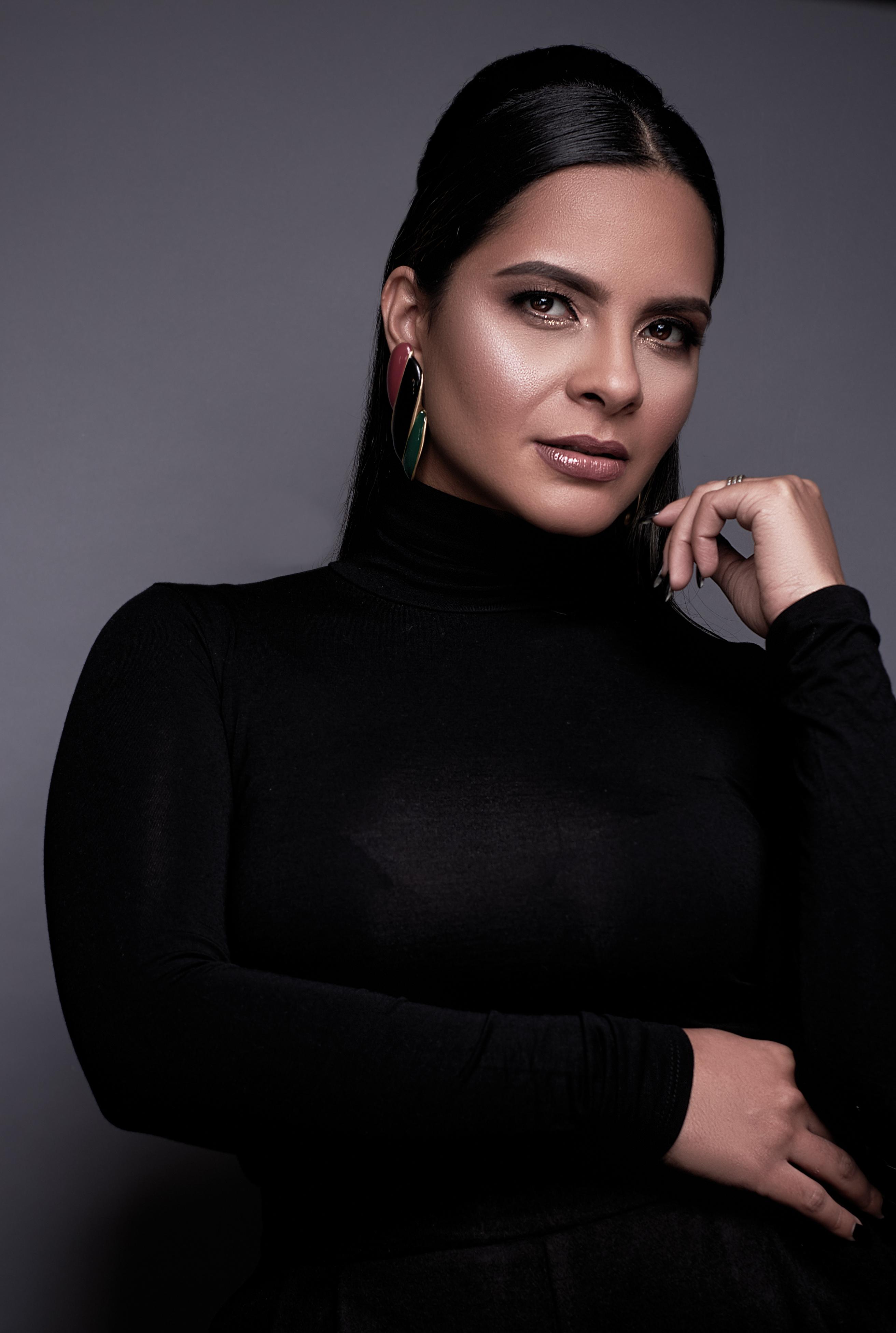 Entrevista a Leti Faviani, la chilena-venezolana que se presentará, y de forma digital, en el Fashion Designers of Latin America-NYFW