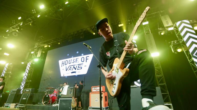 VANS lanza el concurso mundial 'Musicians Wanted' para potenciar artistas desconocidos y premiar con la oportunidad de compartir escenario con el célebre músico Anderson Paak
