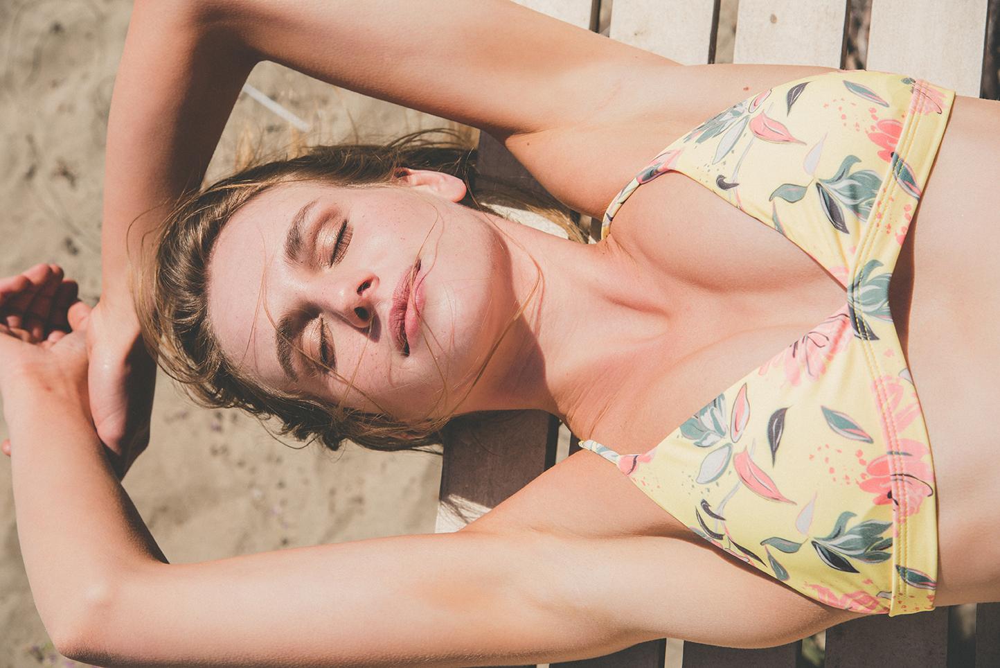 La colección de bikinis hecha con poliéster reciclado de Froens