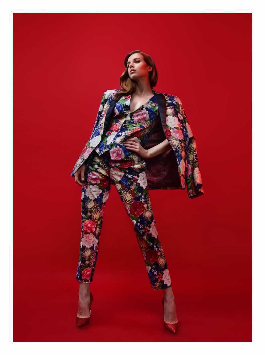 Wendy Pozo amplía el giro de sus diseños hacia vestuario femenino y accesorios