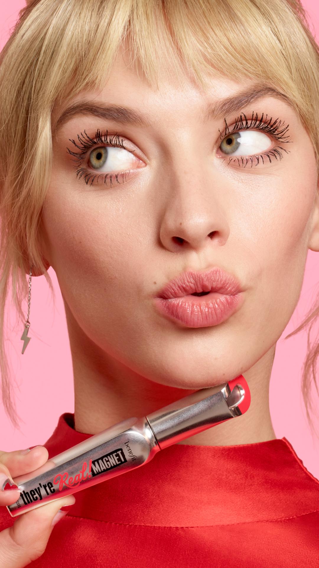 ¡Volumen, resistencia y poder magnético! Conoce They're Real! Magnet de Benefit Cosmetics