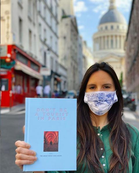 @messynessychic, una espía de moda y estilo en las calles de París
