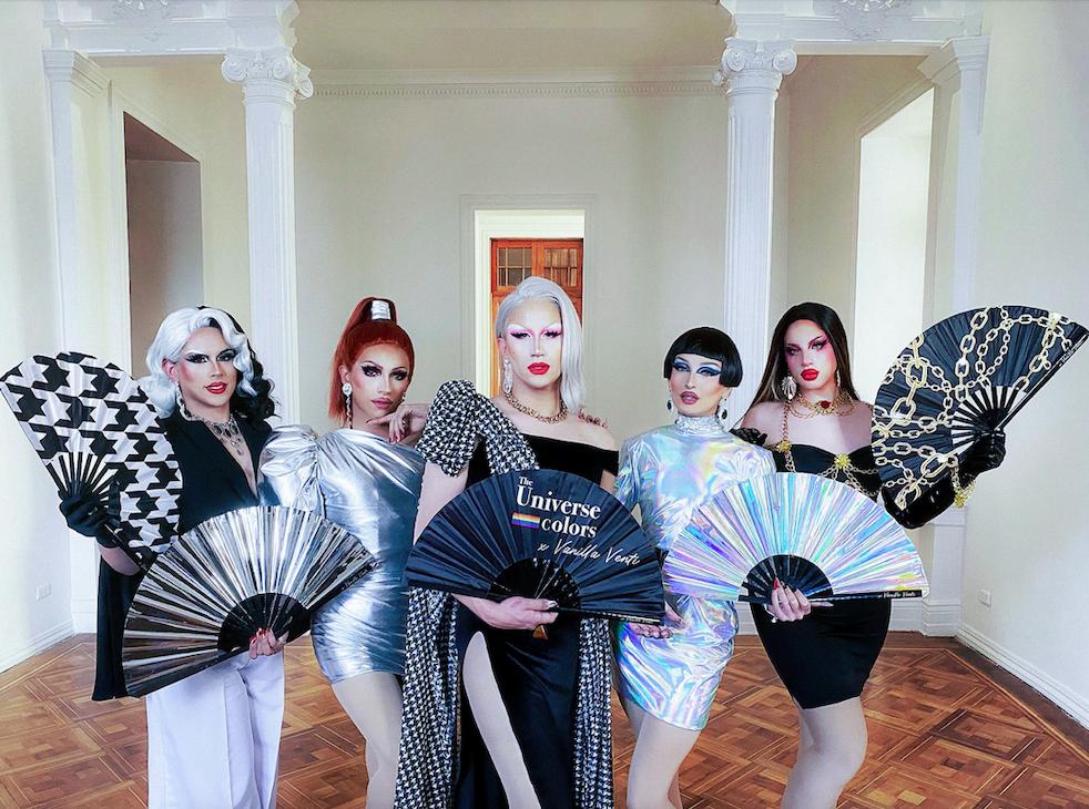 Vanilla Venti nos presenta su primera colección de abanicos junto a @theuniversecolors