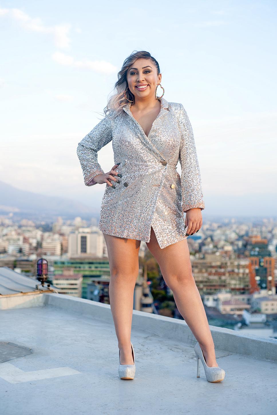 """Entrevista a Naya Fácil: """"Quiero que mis seguidores vean a alguien que a pesar de todos los obstáculos que puede tener en su vida, es capaz de salir adelante"""""""