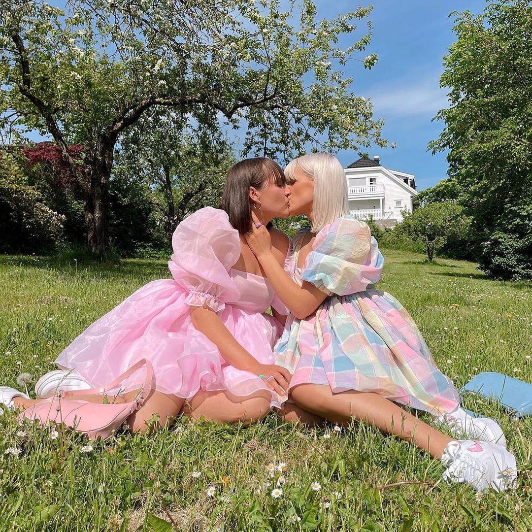 Selkie y los vestidos de princesa que la rompen en TikTok