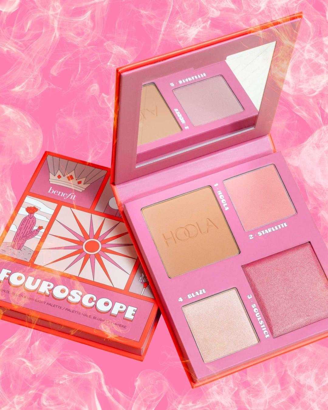 ¡Dale color a tus días y a tus mejillas con las nuevas paletas Fouroscope de Benefit!