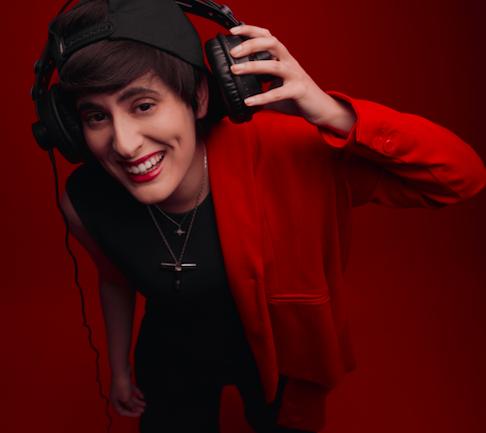 LaNegra: el nuevo proyecto, ahora musical, de Pamela delaCerda