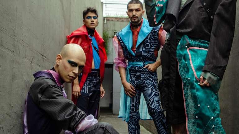 Dejar atrás los estereotipos: Las propuestas de vestuario masculino de CUN en Bogotá